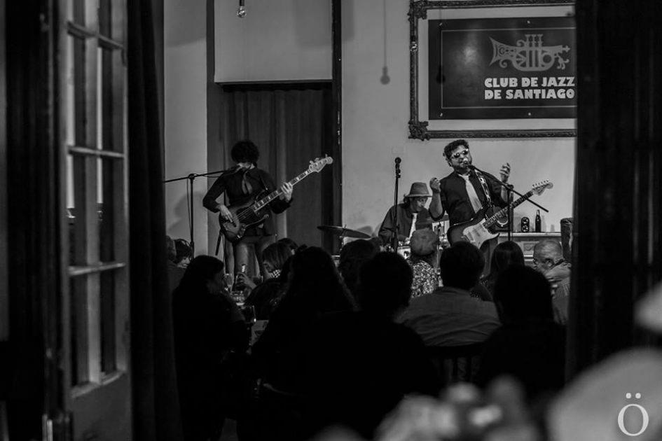 Bluseros Muertos Club de Jazz